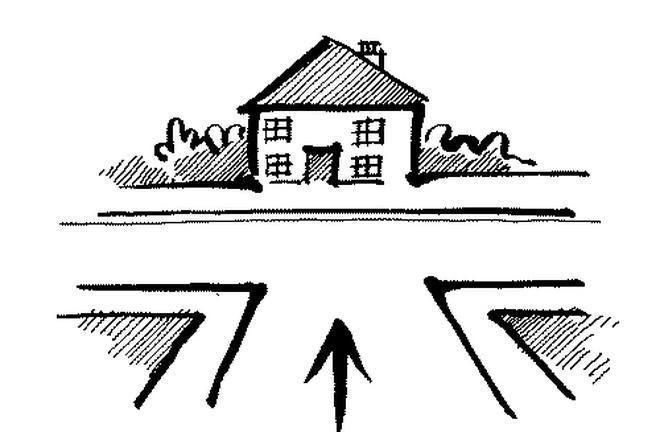 Không nên mua đất ở giữa ngã ba để làm nhà.