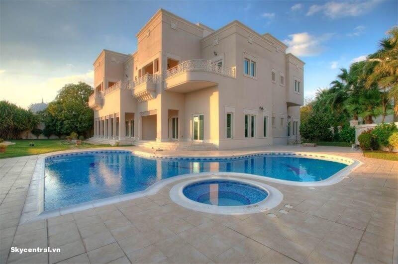 R Sector Villas In Emirates Hill xây dựng tại Dubai